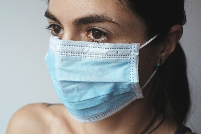 Face mask tips for bad breath and dry mouth during COVID-19 pandemic